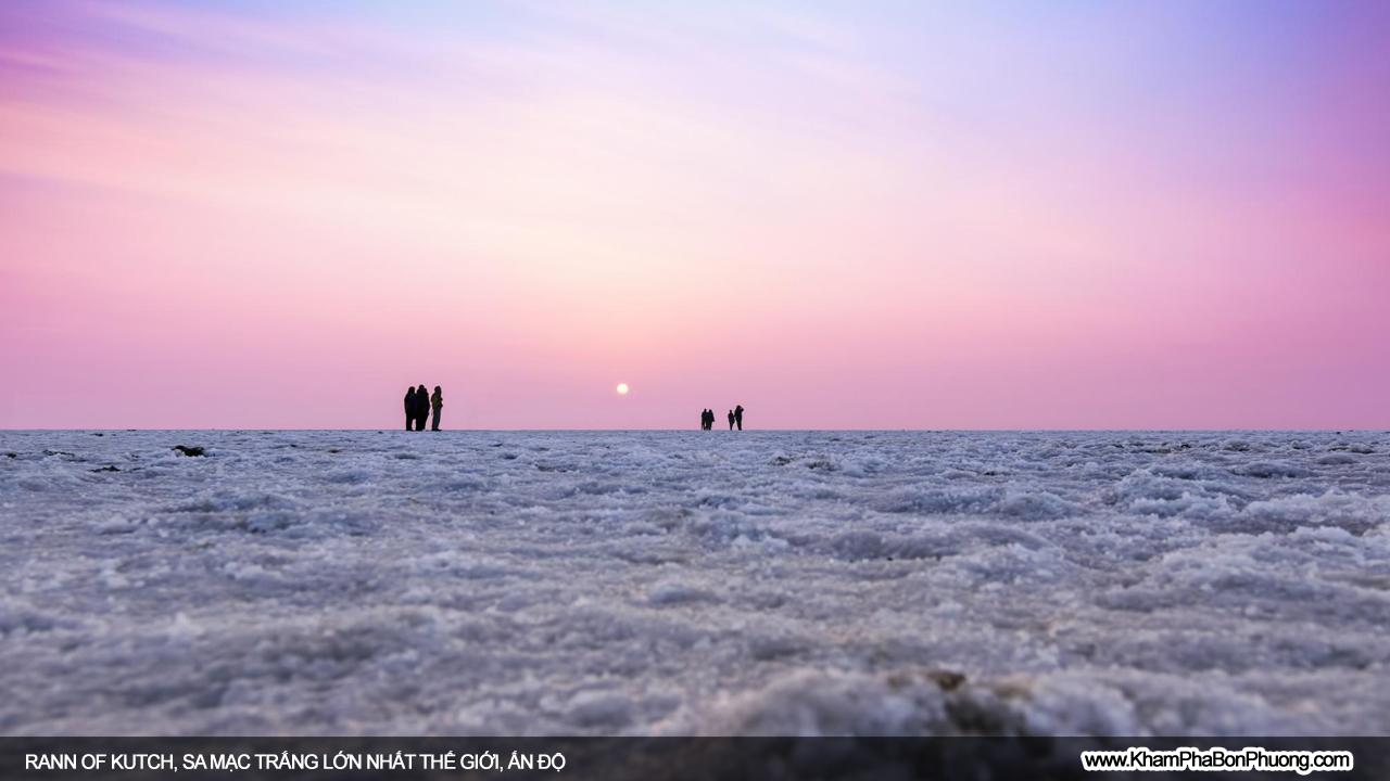 Rann of Kutch, sa mạc trắng lớn nhất thế giới, Ấn Độ   Khám Phá Bốn Phương